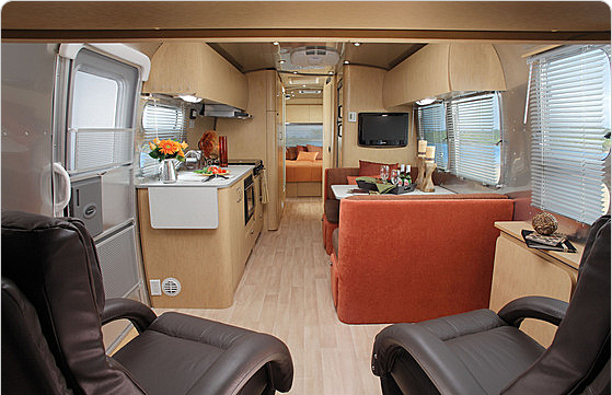 Airstream flying cloud camp in style for Airstream decor