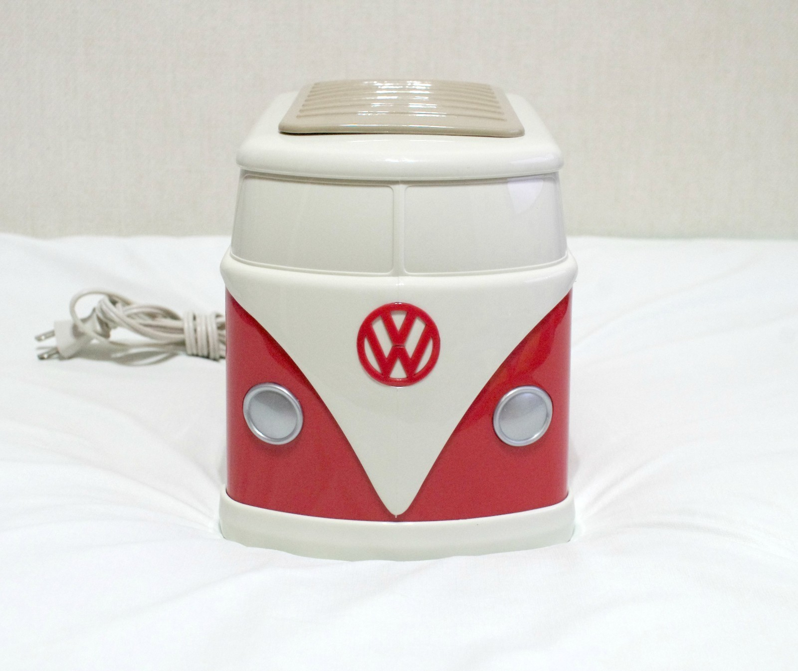 Volkswagon Minibus Toaster Camp In Style